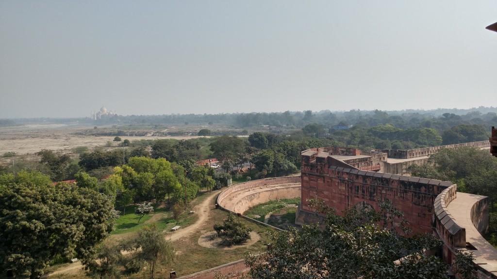Agra Fort - Taj at long distance